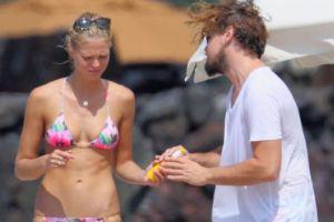 ДиКаприо отдохнул на Гавайях с подружкой-моделью