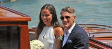 Капитан немецкой сборной Бастиан Швайнштайгер женился на теннисистке Ане Иванович
