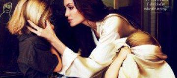 Анджелина Джоли с детьми в декабрьском Vanity Fair