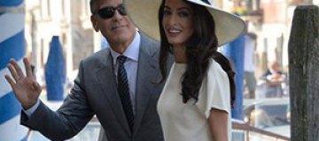 Клуни и Аламуддин отправились в медовый месяц на Сейшелы