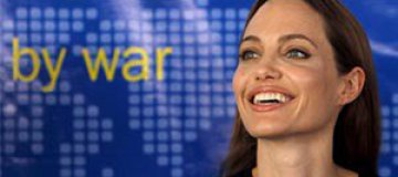 "Анджелине Джоли вручат почетный ""Оскар"""