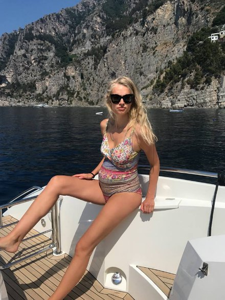 Алена Гайваненко-Киперман родила мужу троих детей за четыре года