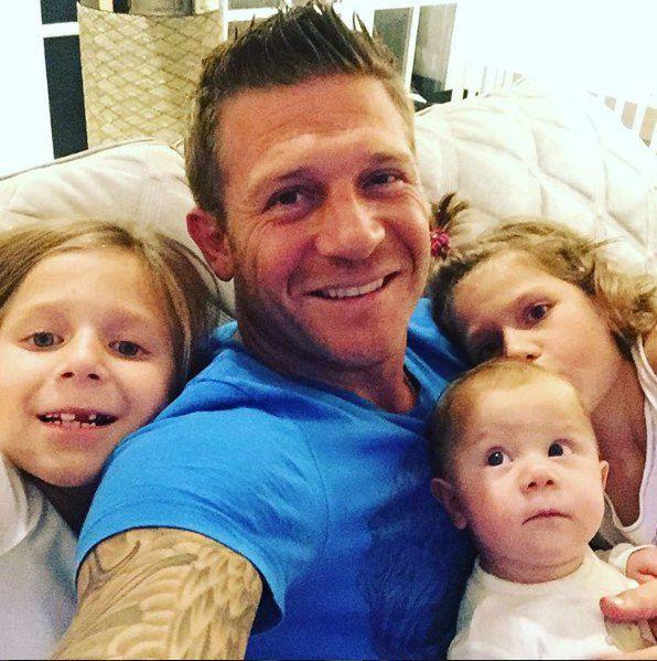 Андрей Воронин с детьми