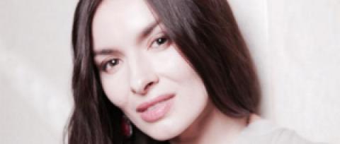 """Экс-""""ВИА Гра"""" Надежда Мейхер подалась в продюсеры и презентовала первый клип своей подопечной"""