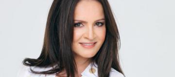 София Ротару вернулась в Киев после пребывания в российской больнице