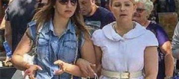 Тимошенко с дочерью были замечены на шоппинге в Берлине