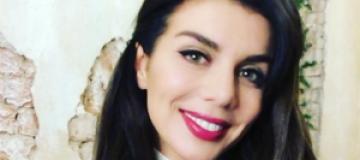 Анна Седокова стала брюнеткой и отпраздновала 33-летие в интернете