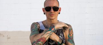 Вдова солиста Linkin Park опубликовала видео, снятое перед его смертью