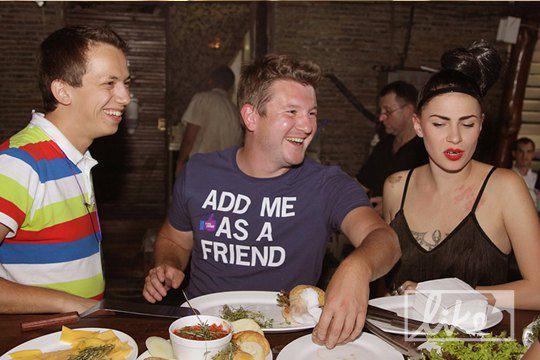 Алексей Дурнев (слева)