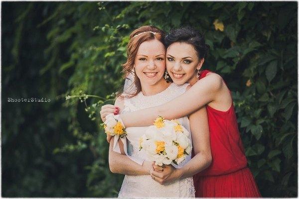 Дочь Аурики Ротару Анастасия (слева) и певица Соня Кей