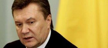 Янукович и Азаров выразили соболезнования родным Ступки