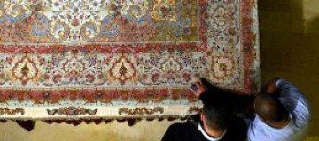 В Иране создали самый большой в мире ковер ручной работы