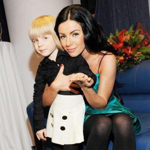 Юля Волкова с дочерью Викой