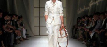В Лувре впервые в истории состоялся модный показ