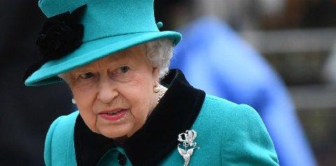 Елизавета II решила отказаться от вождения автомобиля