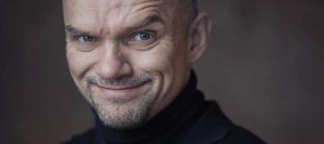 Актер из фильма Зеленского попал в скандал с несовершеннолетней подругой