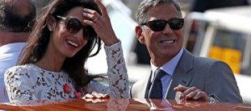 Клуни и Аламуддин стали владельцами частного острова