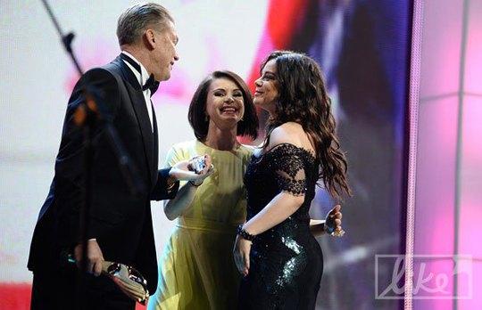 Тренер Олег Блохин, гимнастка Лилия Подкопаева и Наталья Королева