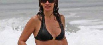 44-летняя Джулия Робертс показала фигуру в бикини