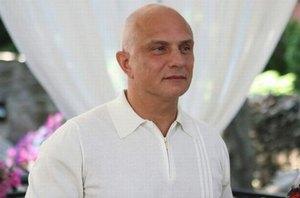 Муж Тимошенко поздравил экс-премьера со свадьбой