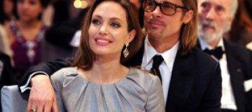 Джоли и Питт поженятся в конце сентября
