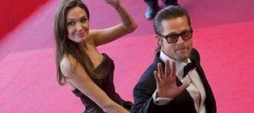 Питт и Джоли объявили о помолвке