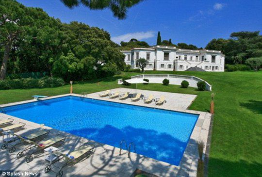 Роскошная вилла, арендованная Мадонной на юге Франции