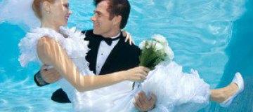 Польские молодожены сыграли свадьбу под водой