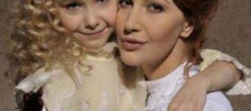 Снежана Егорова рассказала про автономную жизнь старшей дочери
