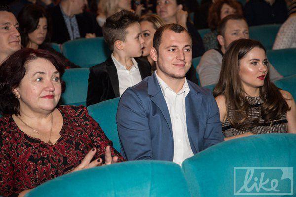 Футболист Роман Зозуля с женой