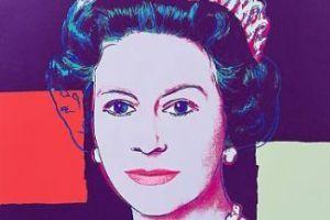 Елизавета II купила четыре собственных портрета Энди Уорхола