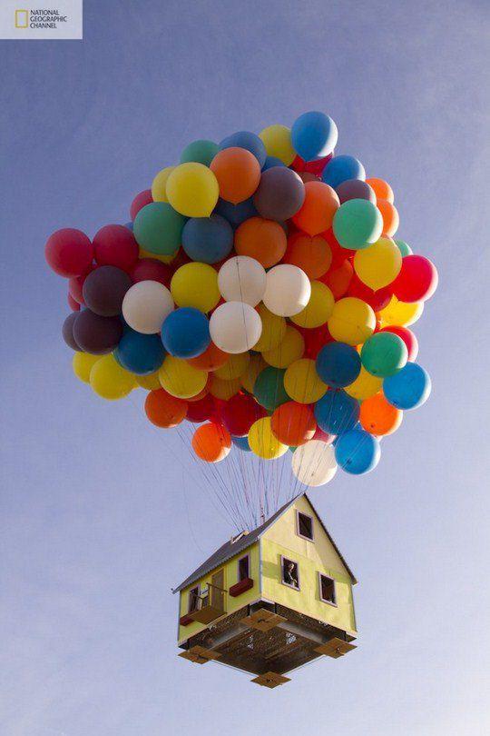 """Дом, летящий на воздушных шарах. Проект, вдохновленный мультфильмом """"Вверх!"""""""
