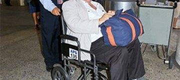 Жерар Депардье был замечен в инвалидной коляске