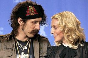 Мадонна прилетит в Киев на открытие ресторана друга