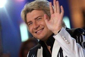Басков пристает к замужним женщинам