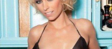 Немецкая модель Playboy показала маленькую грудь
