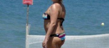 Ирина Билык на пляже шокировала обрюзгшей фигурой