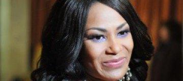 Гайтана не распускала слухов о беременности Лорак