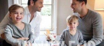 Рики Мартин показал идиллию с сыновьями и бойфрендом