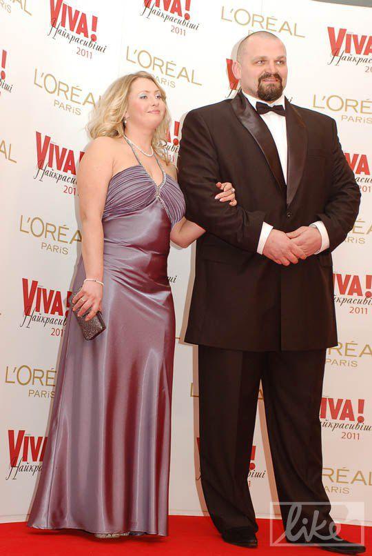 Самый сильный человек Украины Василий Вирастюк с женой