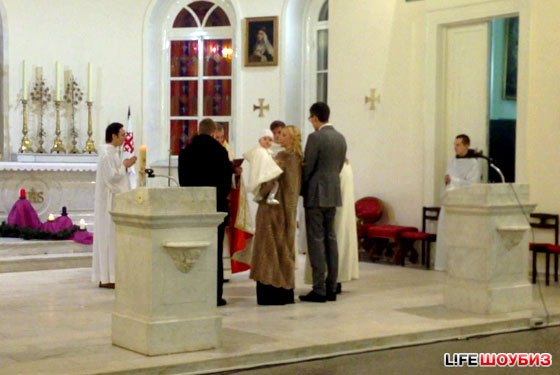 Крещение дочки Орбакайте прошло в католической церкви в Москве