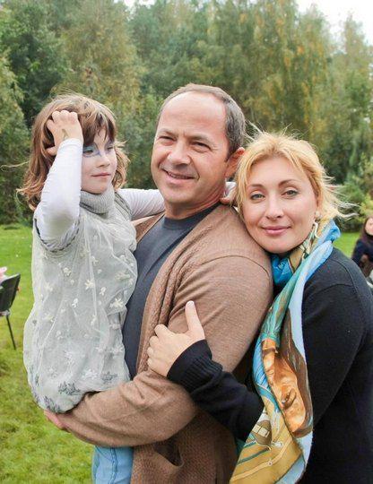 Сергей Тигипко с супругой Викторией и дочкой Асей