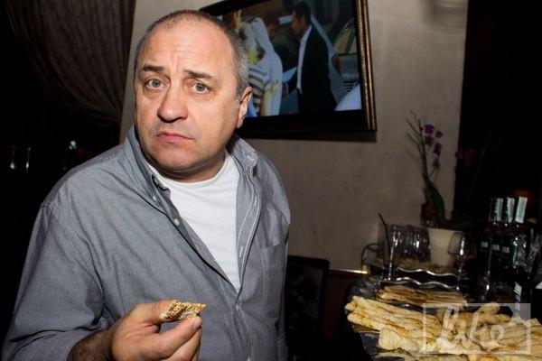 Актер Виктор Андриенко