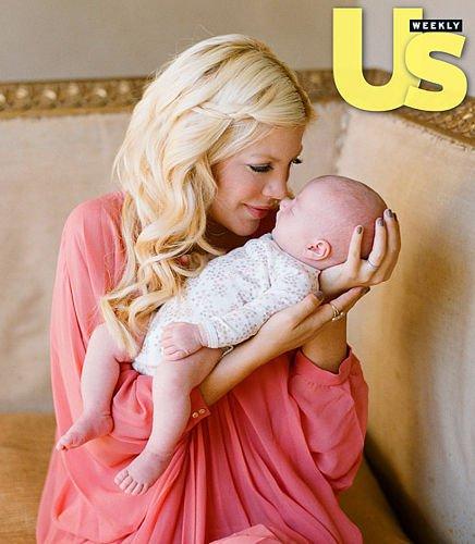 Тори с младшей дочкой Хатти