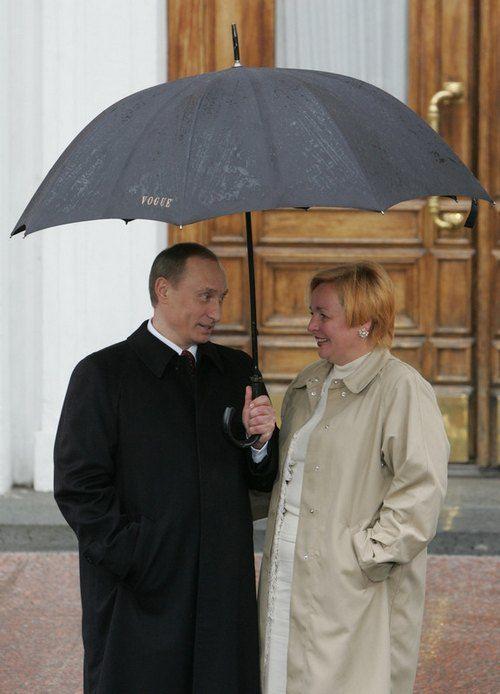 Путины на параде 9 мая в 2005 году