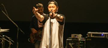 """Бумбокс презентовал сразу два видео на песню """"Голый король"""""""