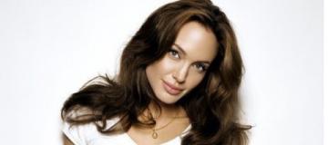 Джоли впервые рассказала о жизни без Питта