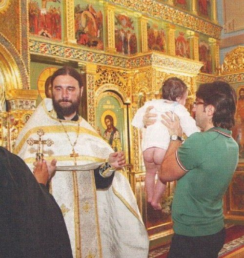 Андрей Малахов опубликовал фото тайных крестин сына Филиппа Киркорова
