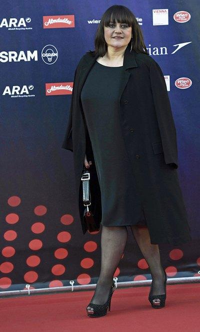 Лиза Анжелл - Франция