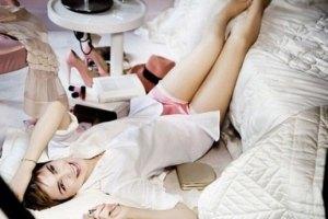 Эмма Уотсон: фотосессия в спальне